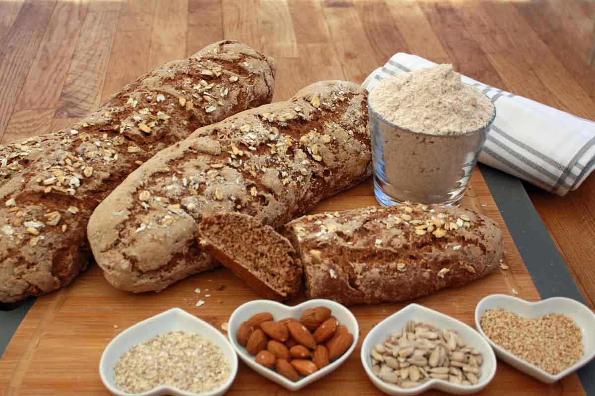 Basisches Brot backen – Grundrezept mit Hefe